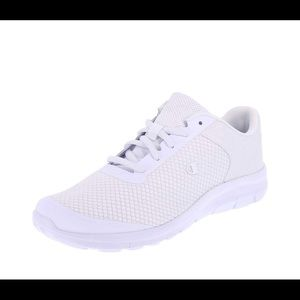 Championwhite mesh performance gusto cross trainer